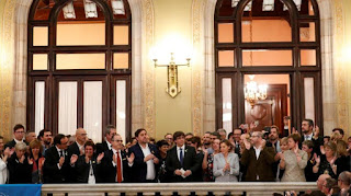 Το Λαϊκό Κόμμα (PP) του Ραχόι έχασε τις οκτώ από τις 11 έδρες του στην Καταλονία