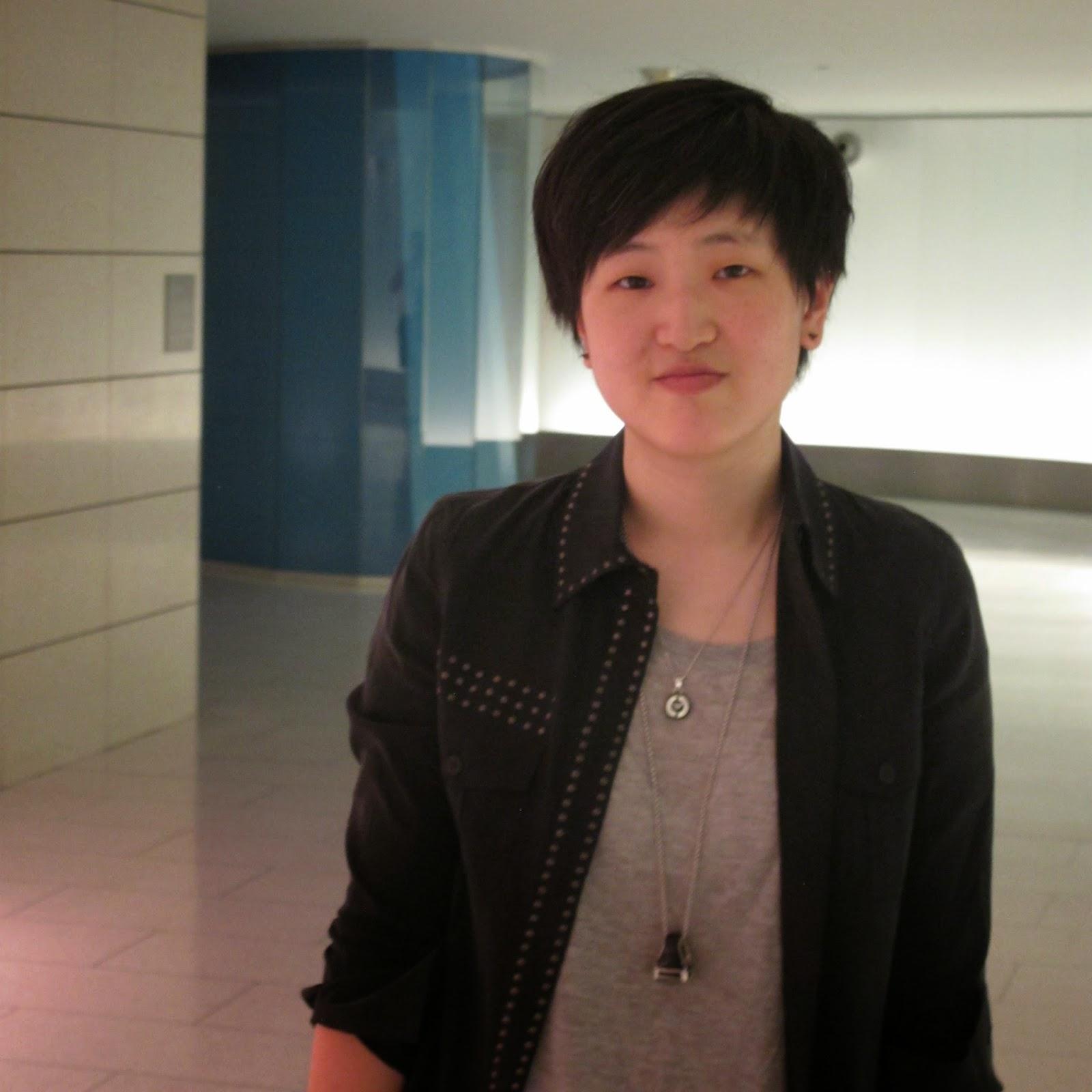 """""""Portraits de Montréal"""" Éditions Hikari ; Entre guide touristique et nouvelles biographiques. Portrait de Soo Seo, Coréenne - Canadienne"""