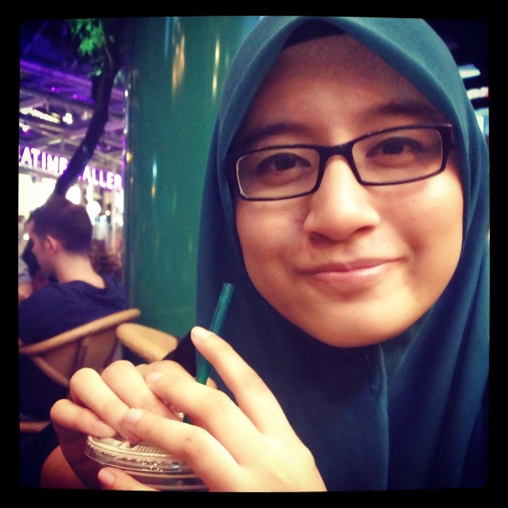 Jilbab Toge Seksi: Anonim