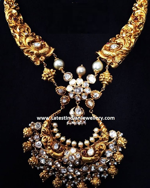 Chandbali Pendant Nakshi Necklace