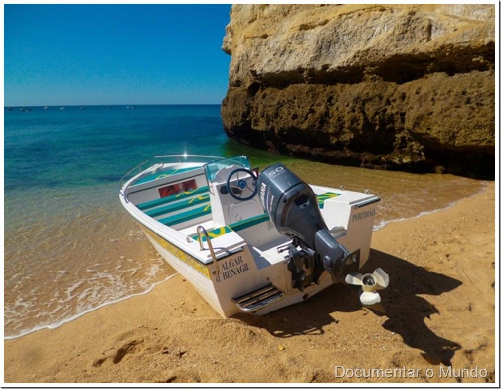 Praia de Benagil;  Praias Algarve; Férias Algarve; Grutas Marinhas no Algarve; Sea Caves Algarve; Grotten Fahrt Algarve