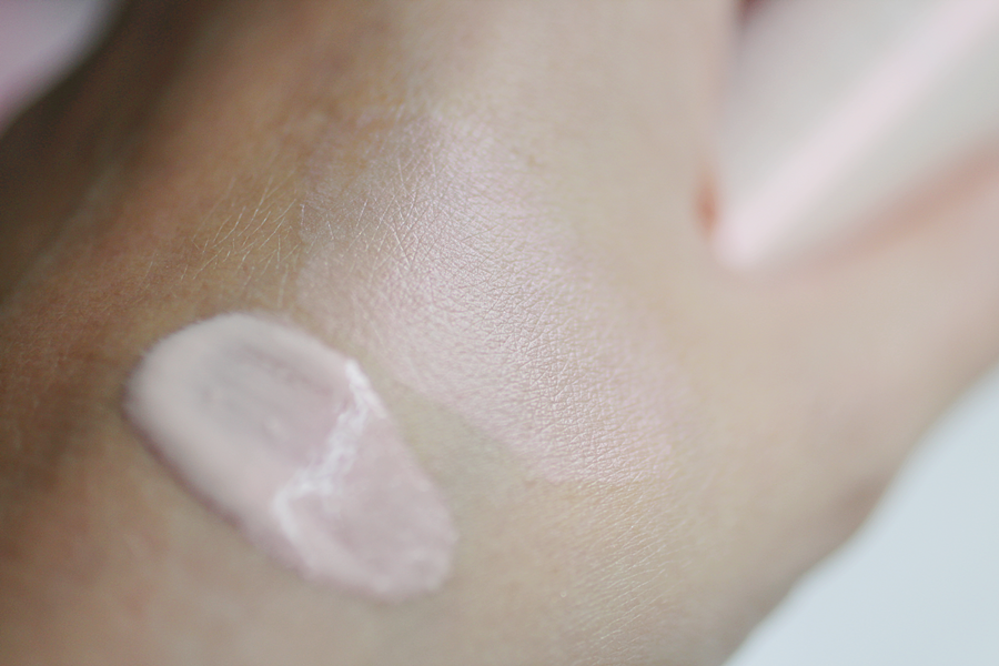 Instant Light Radiance Boosting Complexion Base review