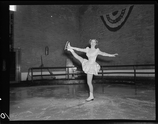 Black and White Photos of Ice Skating in The Past