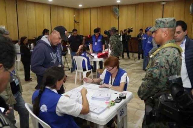 Recuentan en Ecuador 11,2 por ciento de votos de balotaje