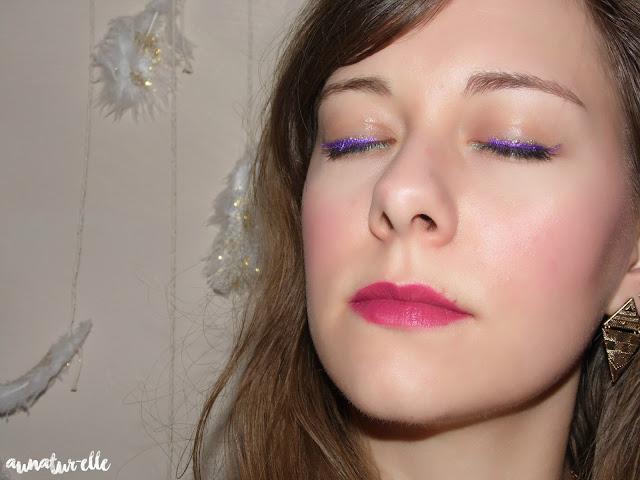 tuto maquillage violine pour les yeux verts