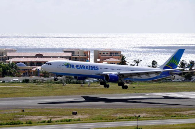 Atterissage d'avion Air Caraibes