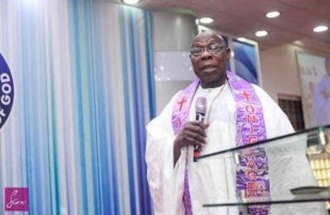 Obasanjo Dares Pastors: Purge yourself of corrupt politicians, stop accepting their money