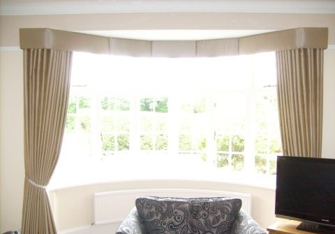 What Is The Difference Between Valance Window Treatments