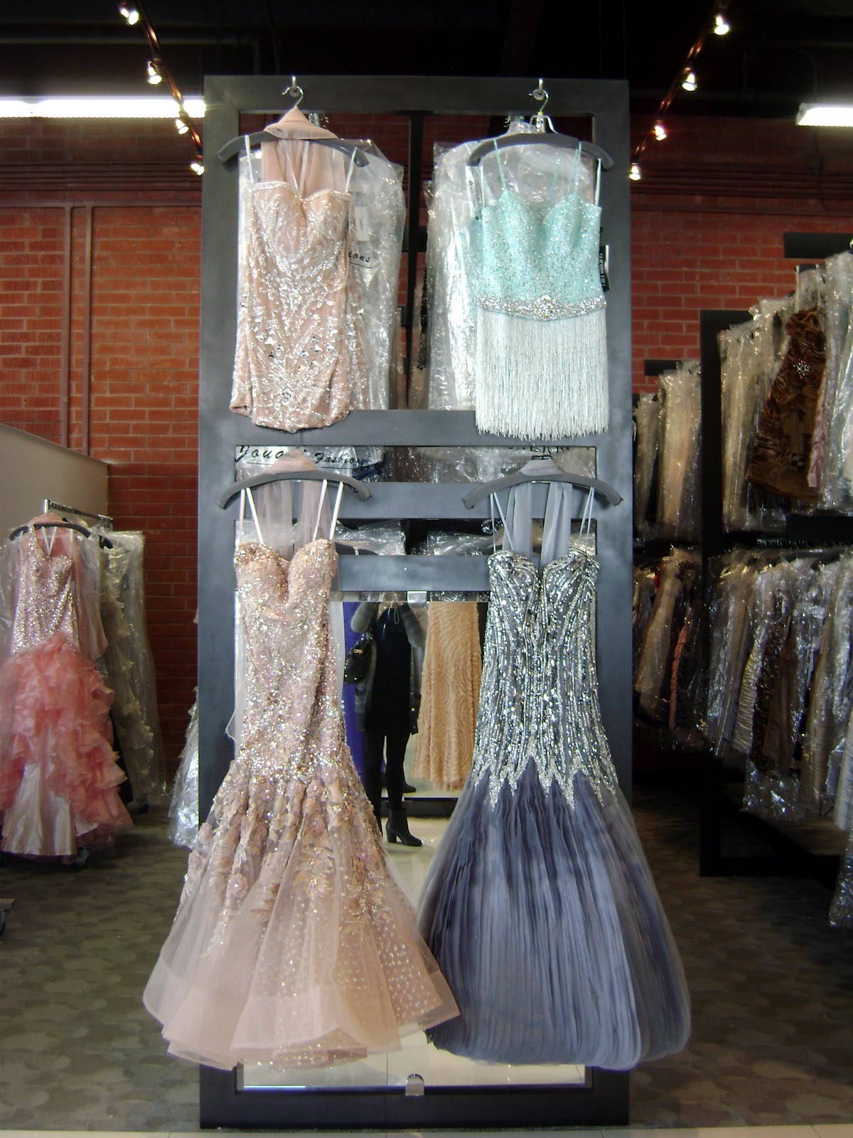 Wedding Dresses In Los Angeles Garment District 65