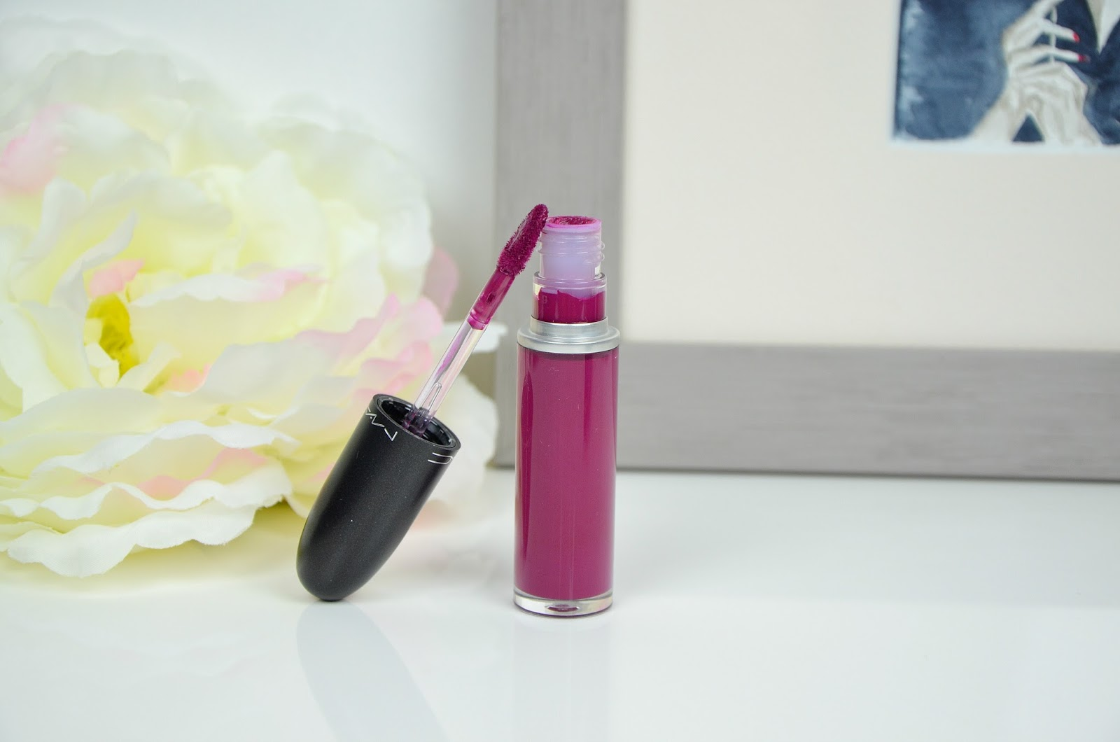 revue Oh, Lady Retro matte liquid lipcolour MAC
