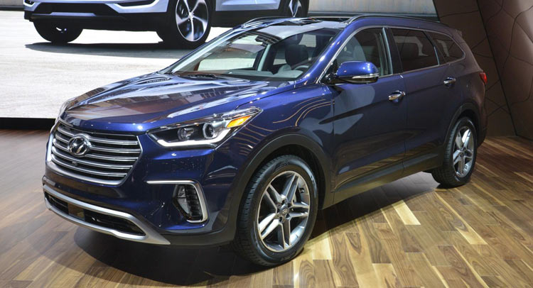 ... of standard features is the 2017 Hyundai Santa Fe and Santa Fe Sport