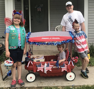 Graham Sedam, blog, thoughts, life, interests, family, parade, decorations, patriotic