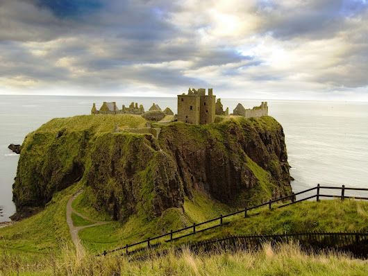 Dunnottar Castle  Scotland - THE NATURE OF THE WORLD