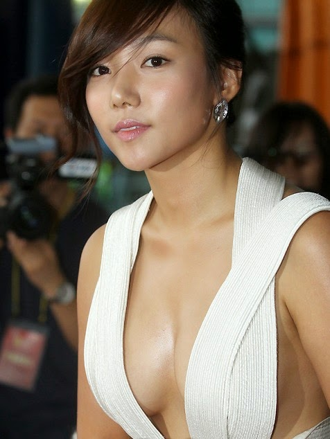 Lee Chae Young (이채영) - 5th Annual Seoul International Drama Awards (SDA 2010) on 10 September 2010