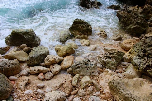 pantai tidak berpasir