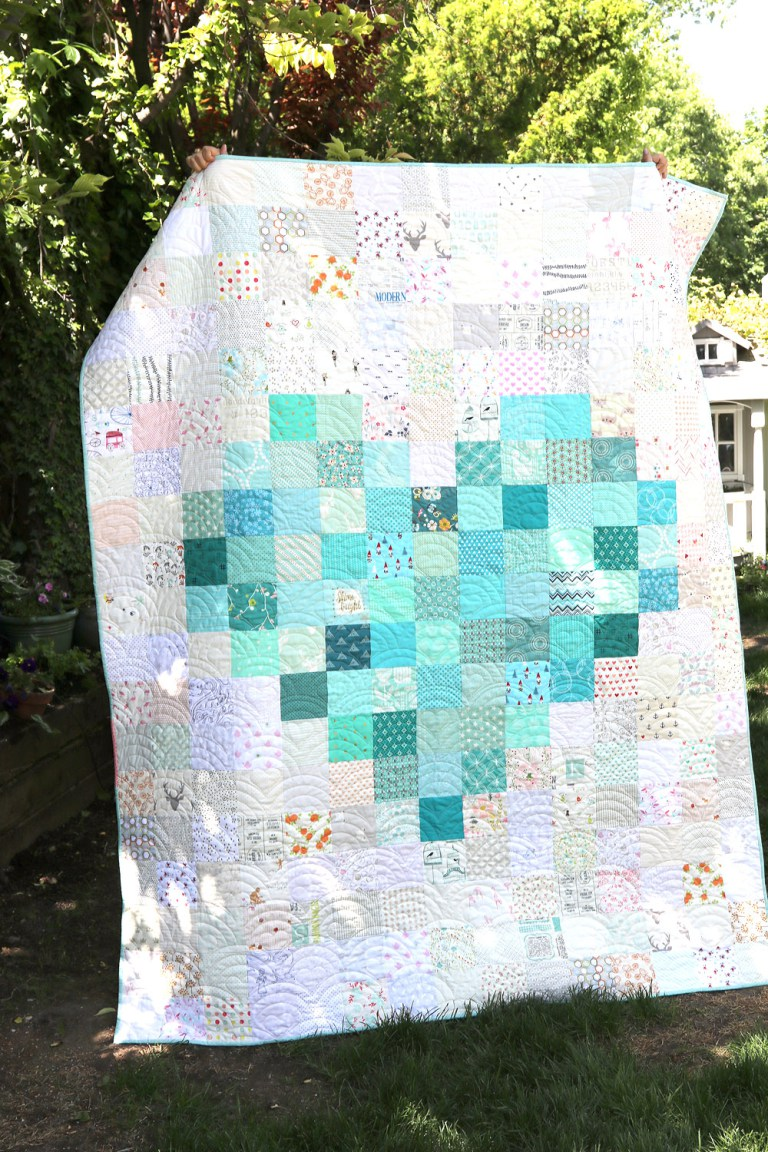 Gigis thimble 15 lovely heart quilt patterns friday favorites pixelated heart quilt by diary of a quilter free pattern baditri Choice Image