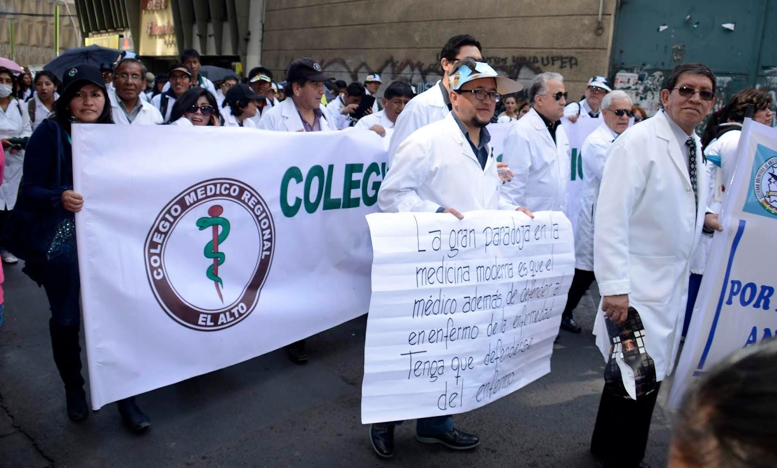 Médicos bolivianos se encuentran movilizados por segundo año, en fin de año / ARCHIVO FIDES / APG