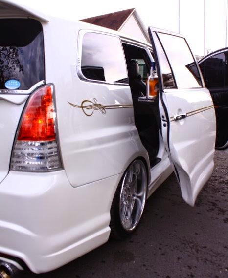 Modifikasi Mobil Toyota Innova 2014