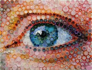 Mary Ellen Croteau - Arte con tapas plásticas - Ojos