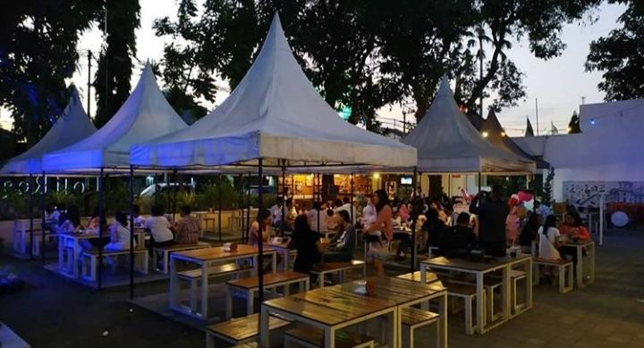 Cafe HITS Kediri - Loji Cafe
