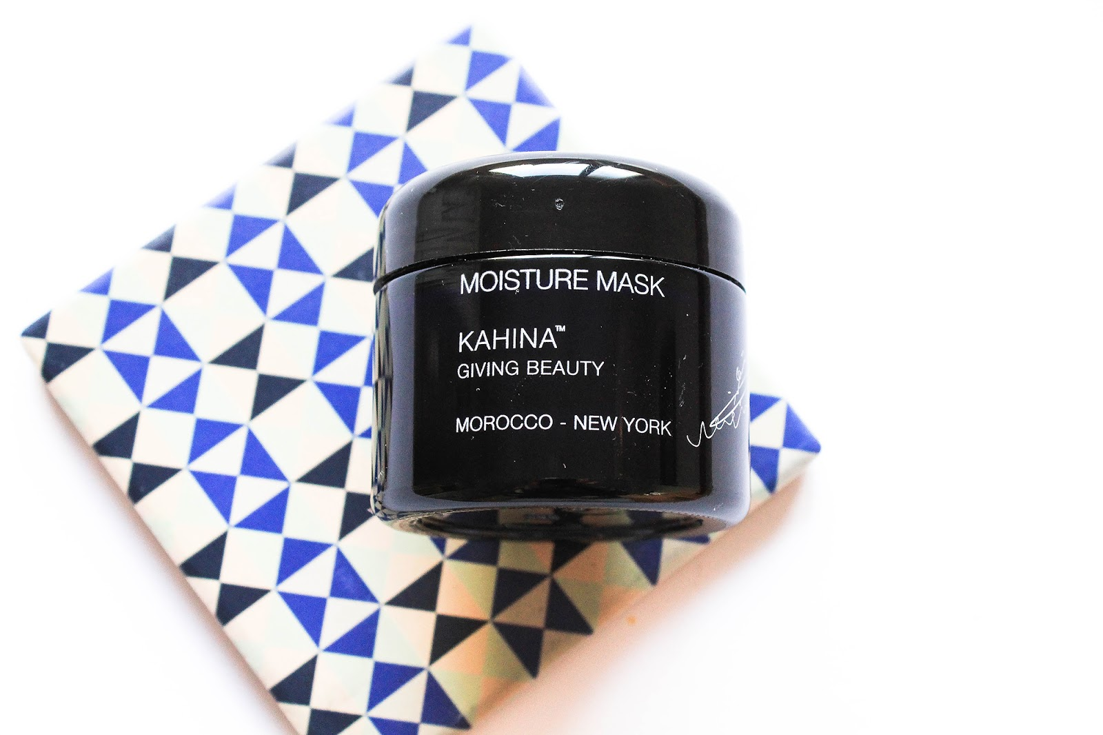 Kahina Giving Beauty Moisture Mask. Art of Organics.