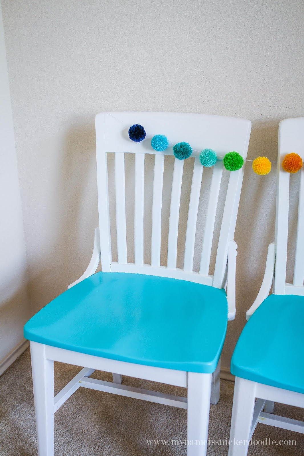 kitchen chair refinish with chalk paint teal kitchen chairs Super fun kitchen chairs Love the pop of color mynameissnickerdoodle com