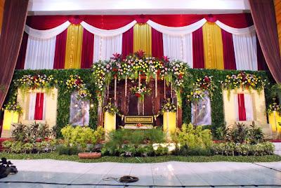paket rias pengantin: dekorasi pelaminan