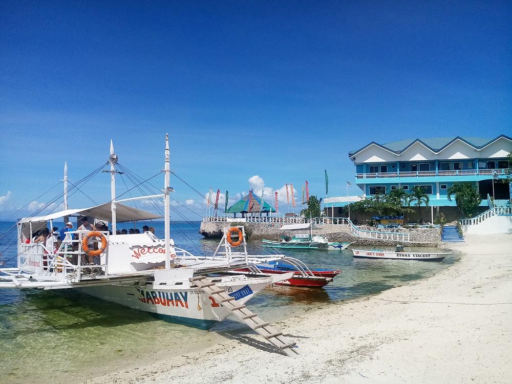 Bangka at Malapascua going to Kalanggaman
