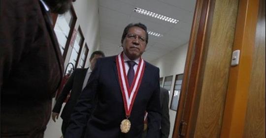 Chávarry es investigado por Sánchez por presuntas irregularidades en su ratificación