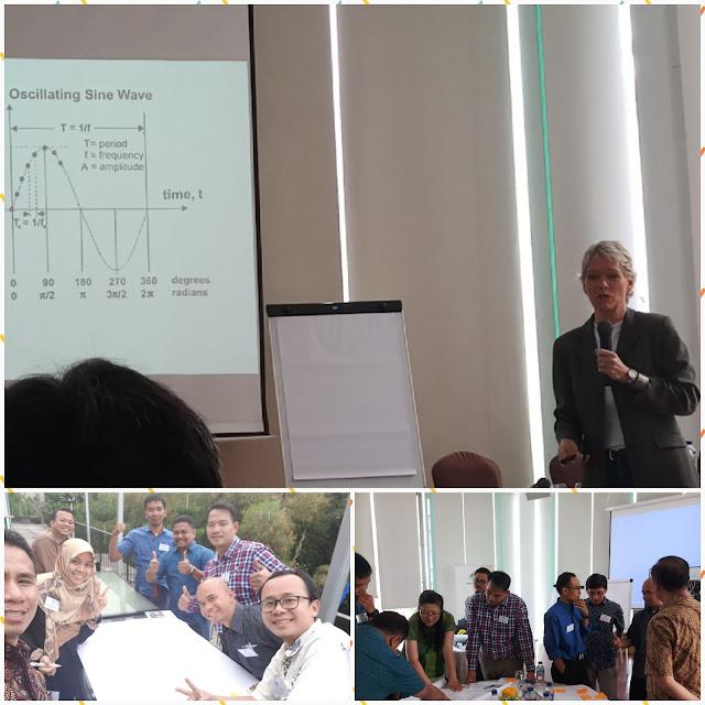 Suasana pembelajaran PreCourse di Hotel Padma Bandung