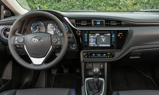 2018 Toyota Corolla XLE review with specs, horsepower and price