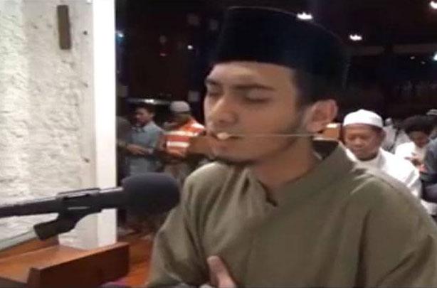 Masya Allah, Imam Muda Masjid ITB ini Ternyata Peraih Olimpiade Matematika