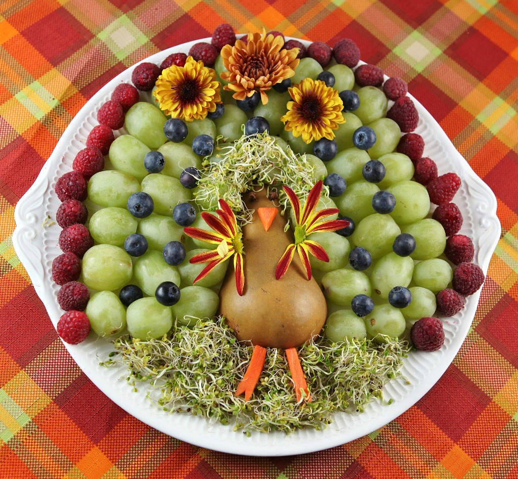 Fruit and Veggie Turkey Tray