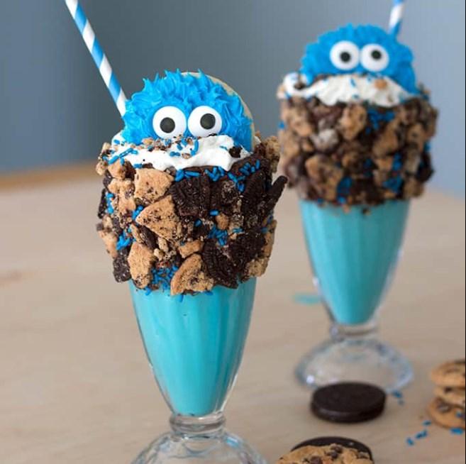 Cookie Monster Freakshakes #milkshake #drinks