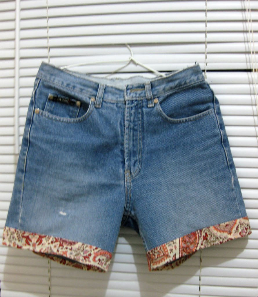 "Seashell: Recycled My Old Jeans Into ""New Shorts"""