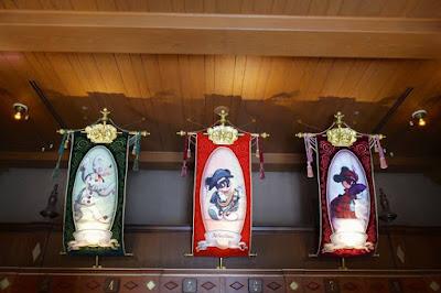 Mickey's Broadway Show at Tokyo Disneysea Japan