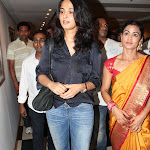 Anushka Shetty latest pics 2013