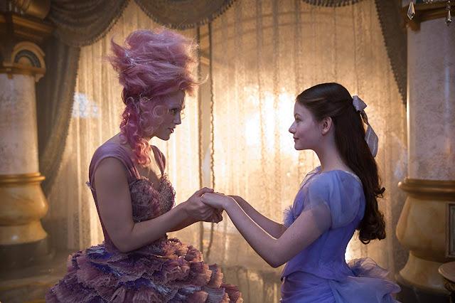 """Trailer final de """"O Quebra-Nozes e os Quatro Reinos"""" tem mais magia e perigo"""