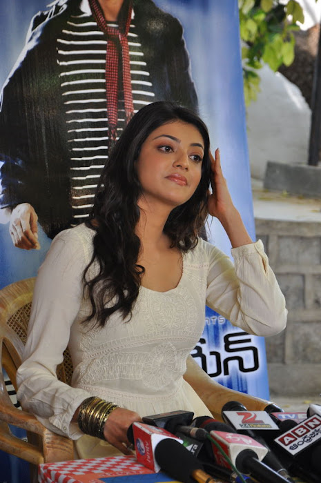kajal agarwal at businessman pressmeet, kajal agarwal new unseen pics