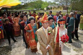 Tata Cara Pernikahan Adat Batak Toba