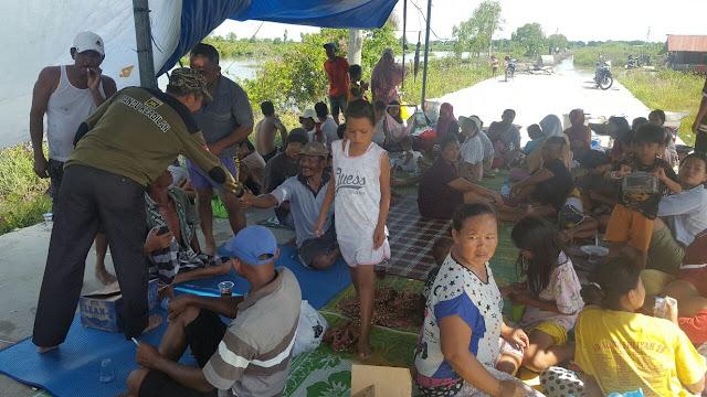 Gerak Cepat, PKS Medan Labuhan Bersama Ketua Fraksi Bantu Korban Banjir