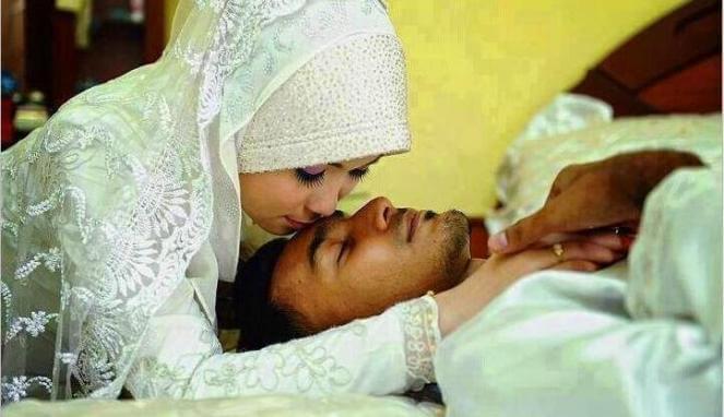 Tips Hubungan Intim Suami Istri Agar Cepat Hamil Dijamin Tokcer dan Sudah Terbukti