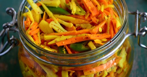 Padhuskitchen Fresh Turmeric Pickle Kachi Haldi Ka Achar