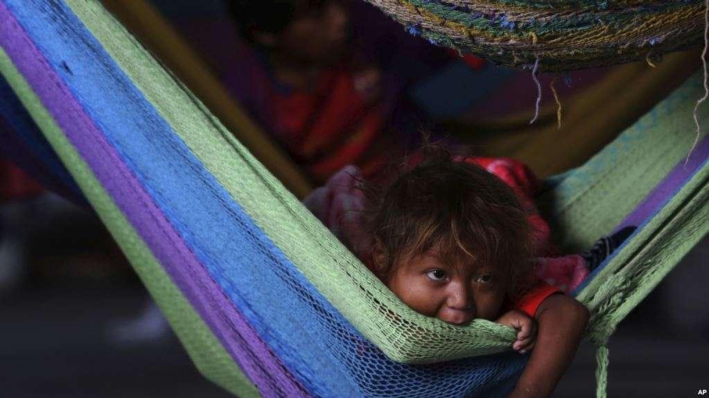 Comunidades también sufren la crisis terminal de Venezuela / AP