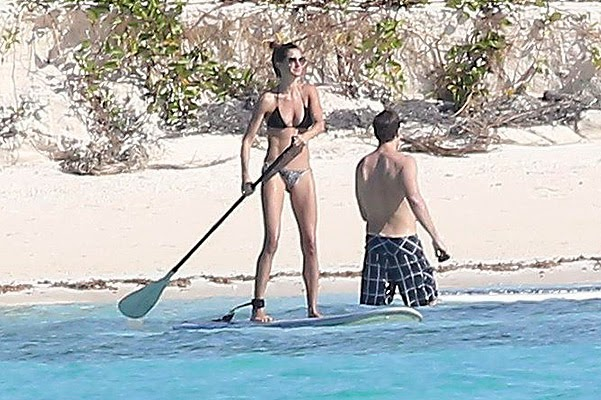 Gisele Bundchen with family in the Bahamas