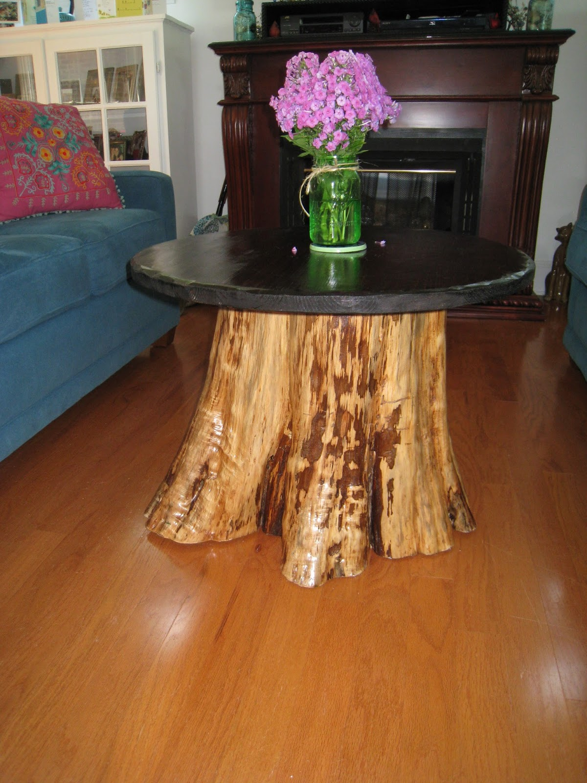 Repurposed For Life FROM CEDAR STUMP TO COFFEE TABLE