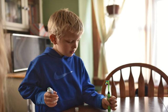 sikat gigi untuk menghilangkan bau mulut