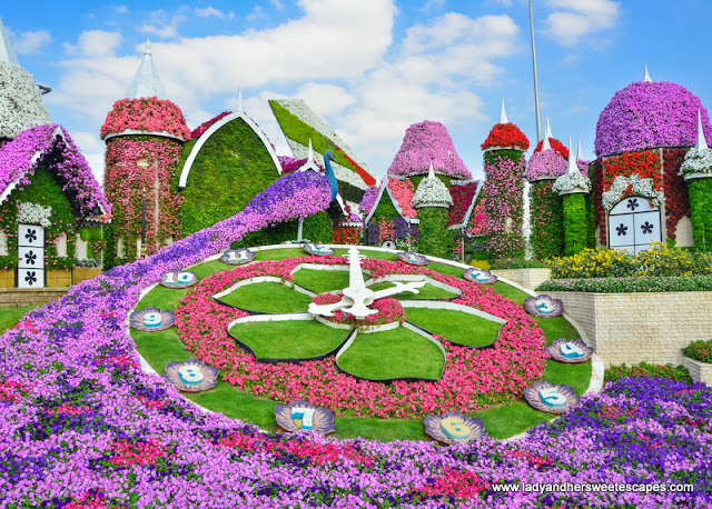 flower clock in Dubai Miracle Garden