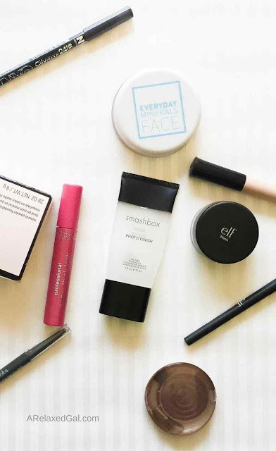 What's Currently In My Makeup Bag | A Relaxed Gal