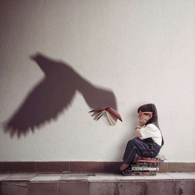 kelly-tan-niña-jugando-con-las-sombras-imaginacion-creatividad